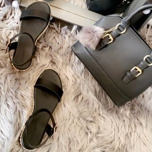 🔥Black and Gold Sandal set
